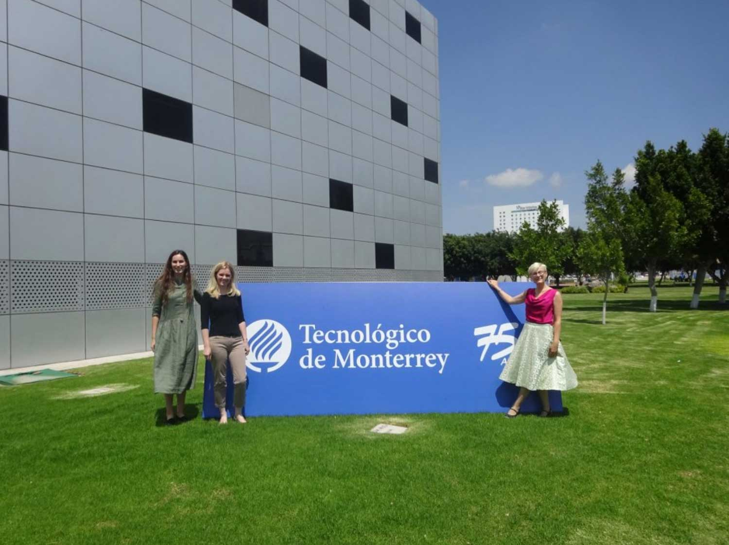 Sharing good practice: Challenge-based learning in classrooms of KTU and TEC Monterrey