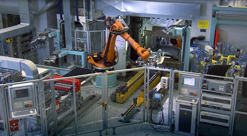 Mercedes Robots