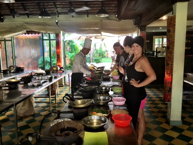 Blog-Five-Lessons-I've-Learned-by-Forging-My-Own-Path-cooking-class