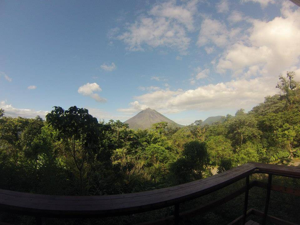 explore-central-america-arenal-costa-rica-volcano