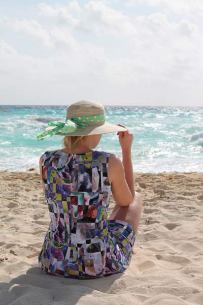 blog-Please-Stop-Asking-Me-How-I-Afford-Travel-beach
