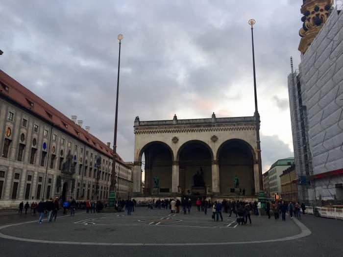 u30x-blog-Exploring-Munich-Germany-in-Three-Days-odeonsplatz