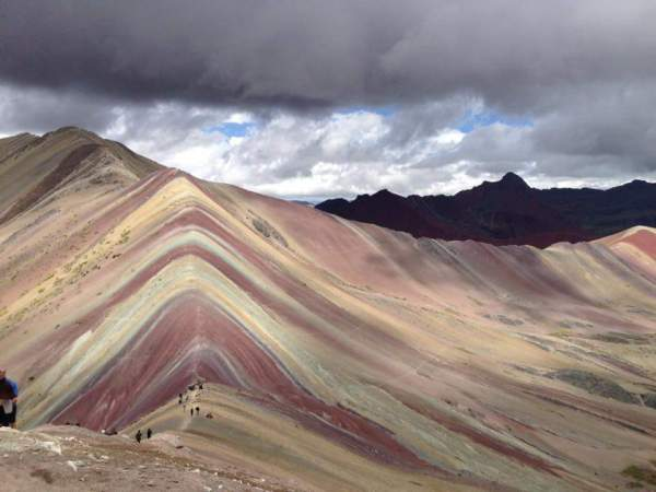 blog-Insider's-Guide-to-Visiting-cusco-Like-a-Local-rainbow-mountain