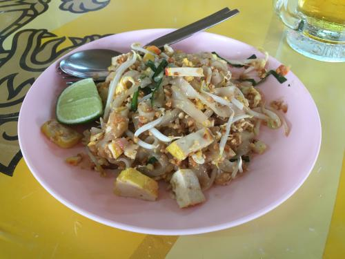 blog-The-City-of-Angels-Your-Bangkok-City-Guide-pad-thai.jpg