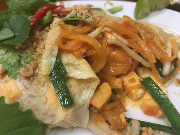 blog-Announcing-Our-Newest-Location-Thailand-pad-thai.jpg