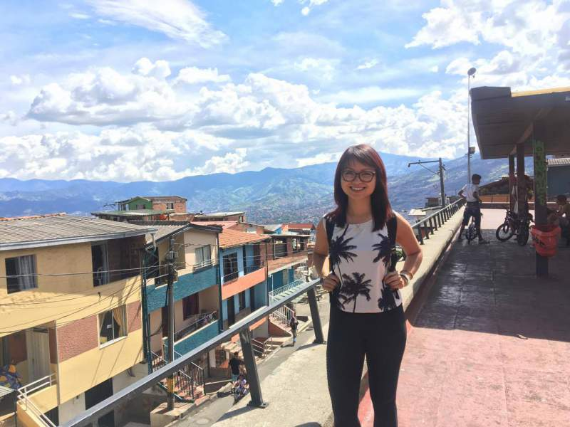 under30experiences-blog-15-dos-and-don'ts-while-traveling-in-medellin-Santo-Domingo