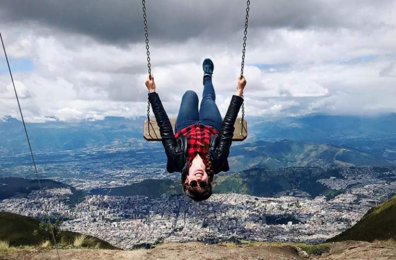 under30experiences-group-travel-blog-for-millennials-6-powerful-ways-solo-travel-will-boost-your-wellbeing-swing-ecuador