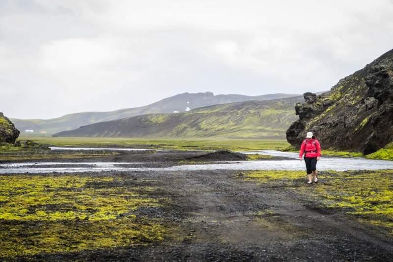female-backpacker-in-iceland