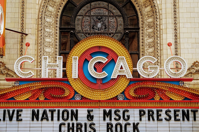 chicago-theater-marquee