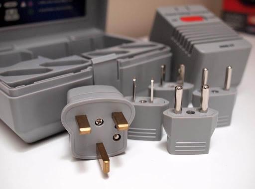 plug-adapter-and-converter