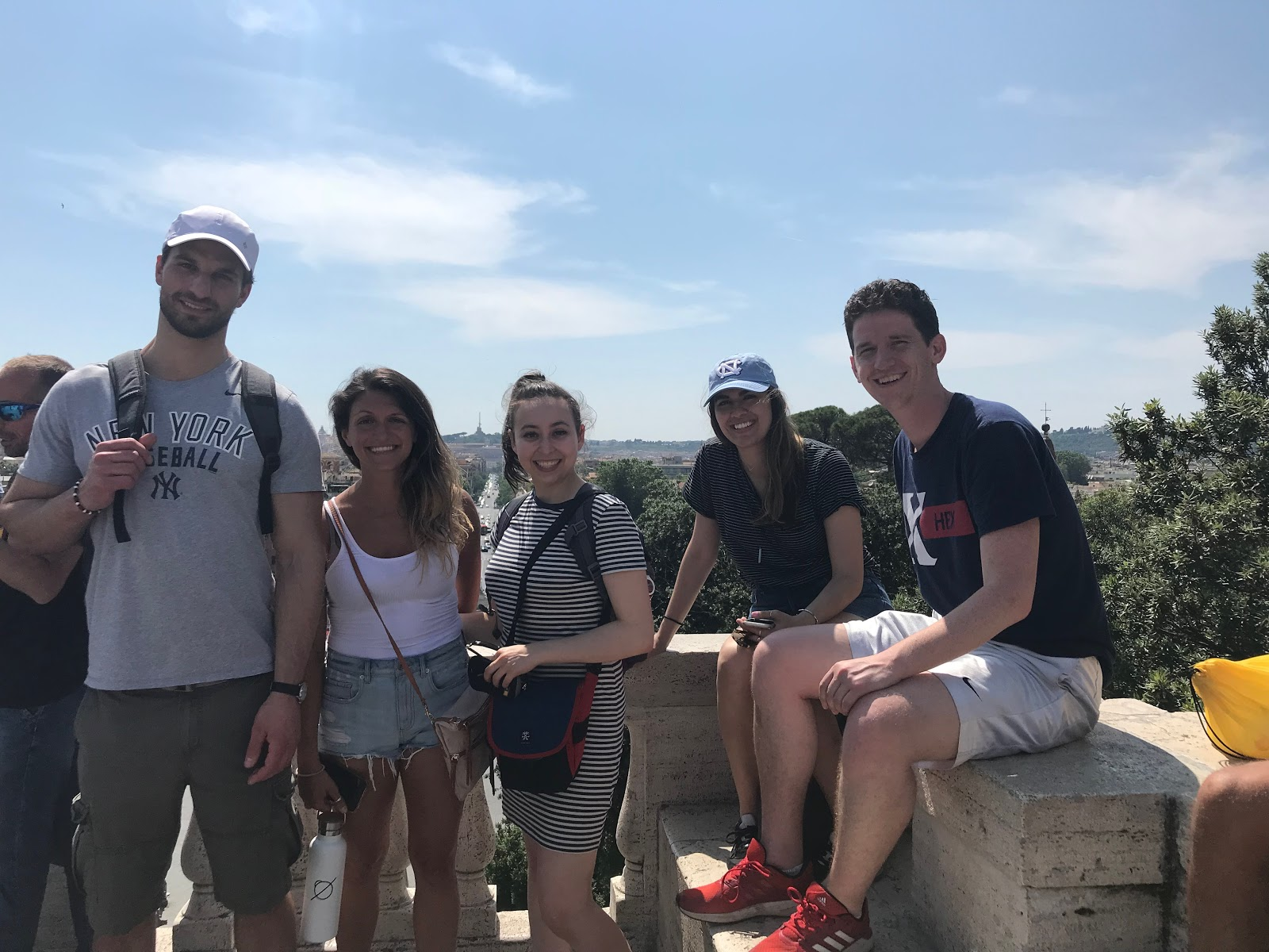 group-travel-with-u30x