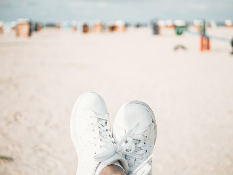 comfortable-travel-shoes