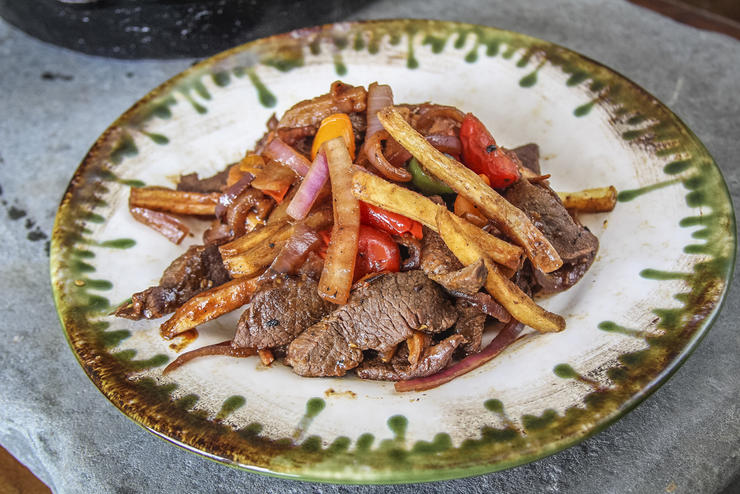 Easy Recipe for a Peruvian Classic: Lomo Saltado