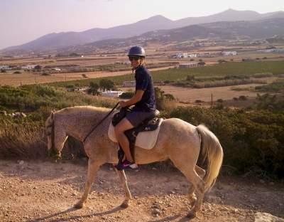 solo travel Paros Greece under30experiences