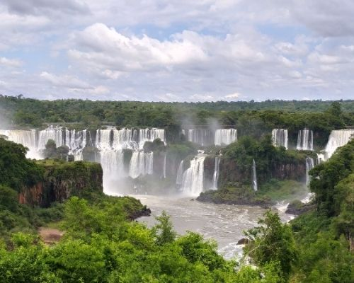 Iguazú Falls in Argentica south america solo travel destnations