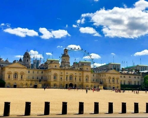 london england solo travel desitnations in europe under30experiences