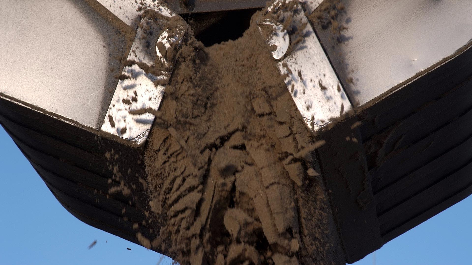 Zandexpres levert zand in de binnenwateren