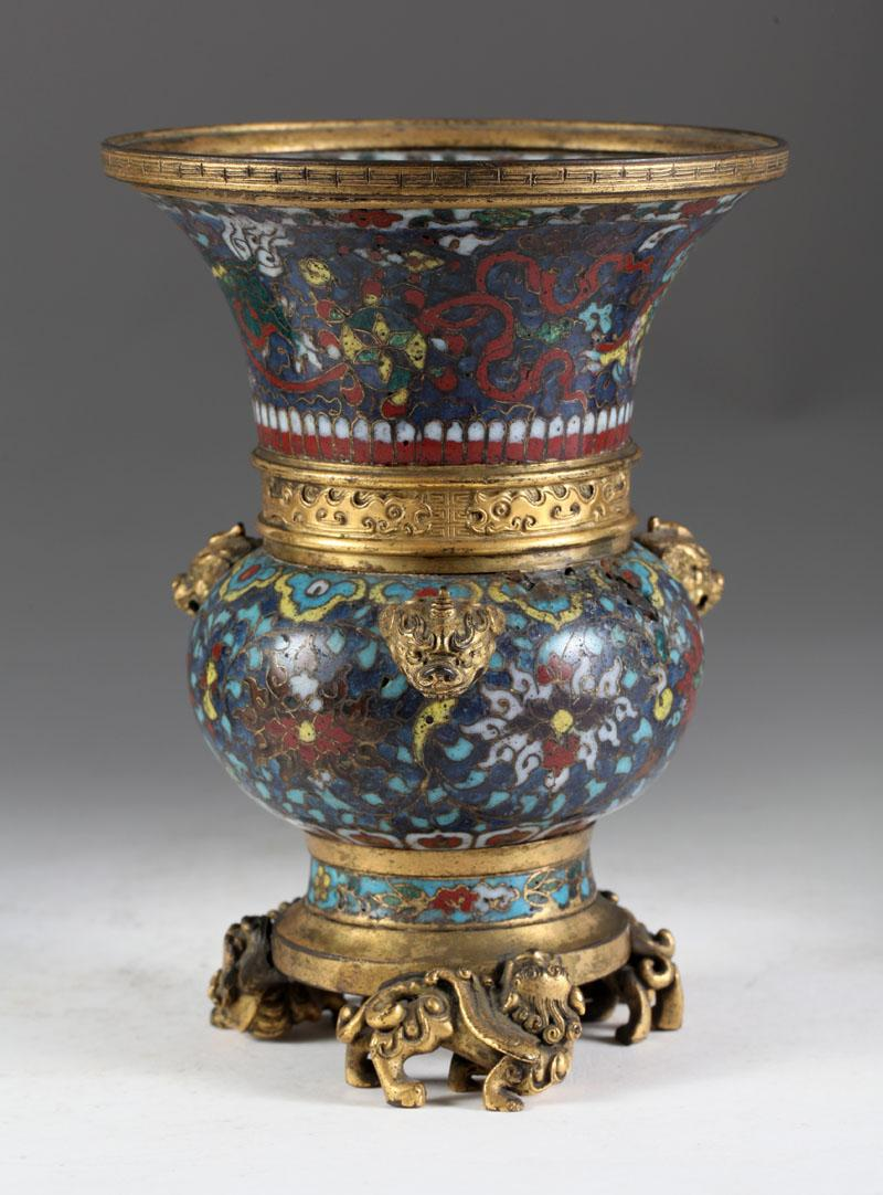 Chinese Cloisonne Gu-Form Vase 18th Century, New York Auction House, Houston Auction, Dallas Auction, San Antonio Auction, Chinese Auction, 中国艺术拍卖, 觚, 清景泰蓝花瓶