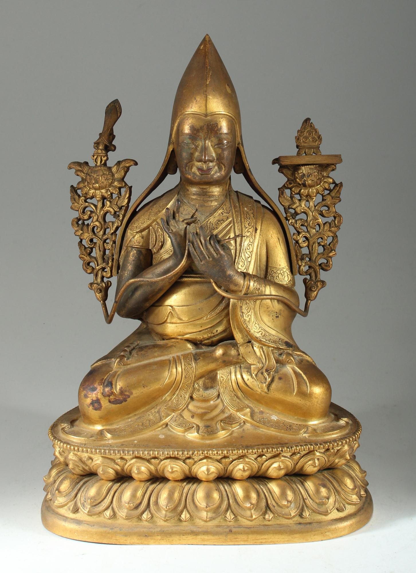 Tibetan Gilt Bronze Figure of Tsongkhapa Asian Art Manjushri Monasticism Gelug, New York Auction House, Houston Auction, Dallas Auction, San Antonio Auction, Chinese Auction, 中国艺术拍卖, 西藏艺术, 宗喀巴, 坐像,  铜鎏佛像, 海外捡漏