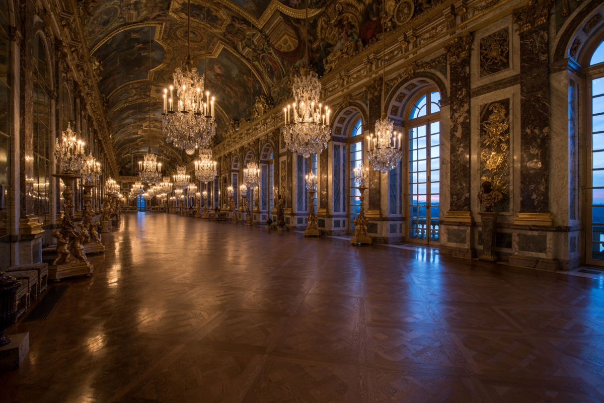 Image: The Hall of Mirrors, courtesy of Cháteau de Versailles