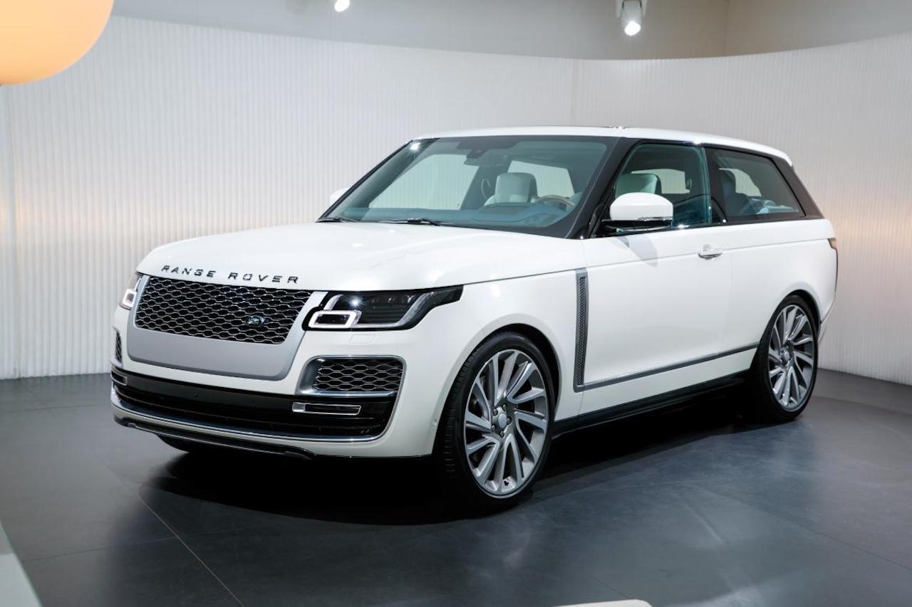 Range Rover SV Coupe í Genf