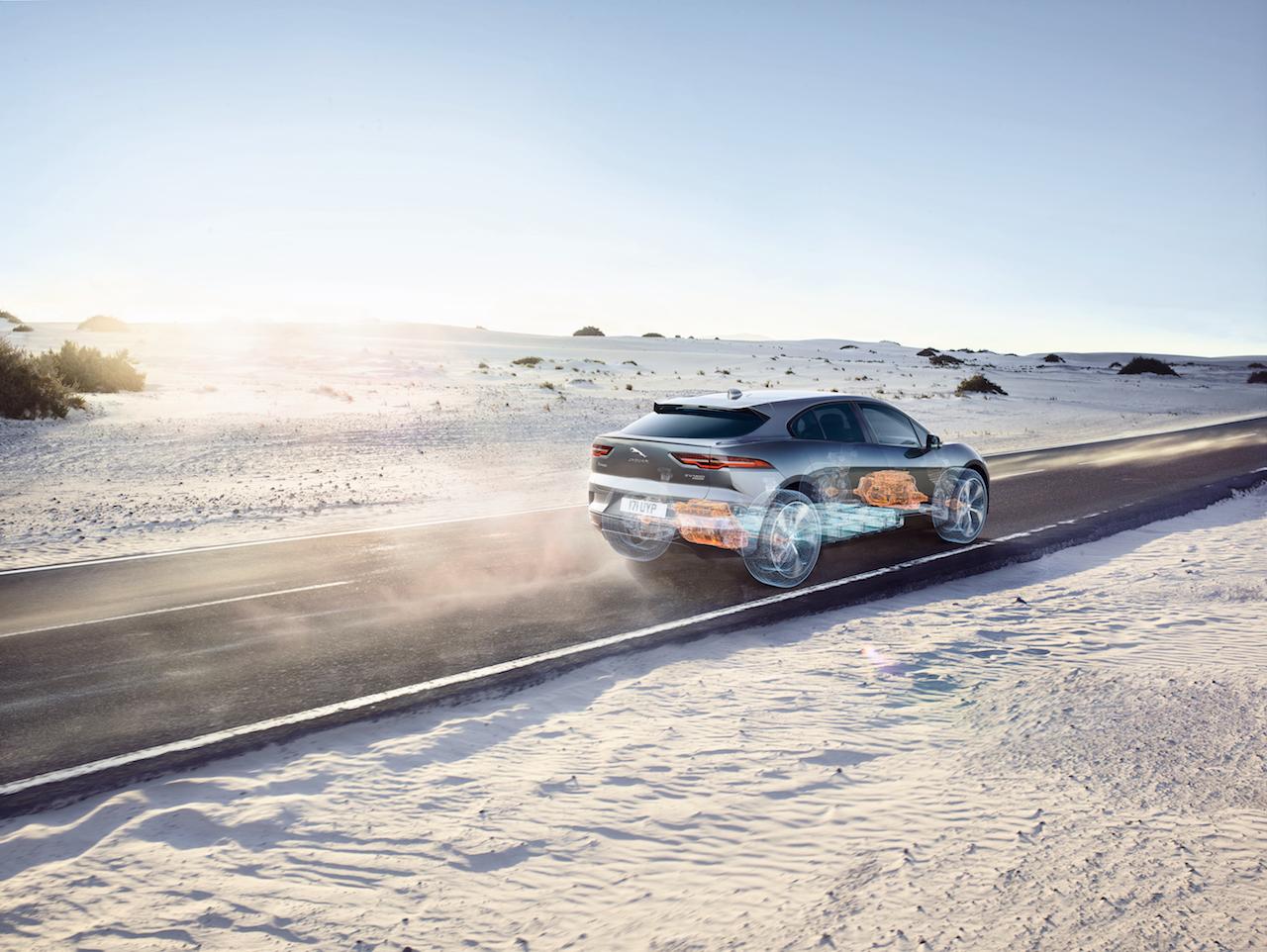 Jaguar I-Pace búinn bestu drifrásinni og besta nýja rafmótornum