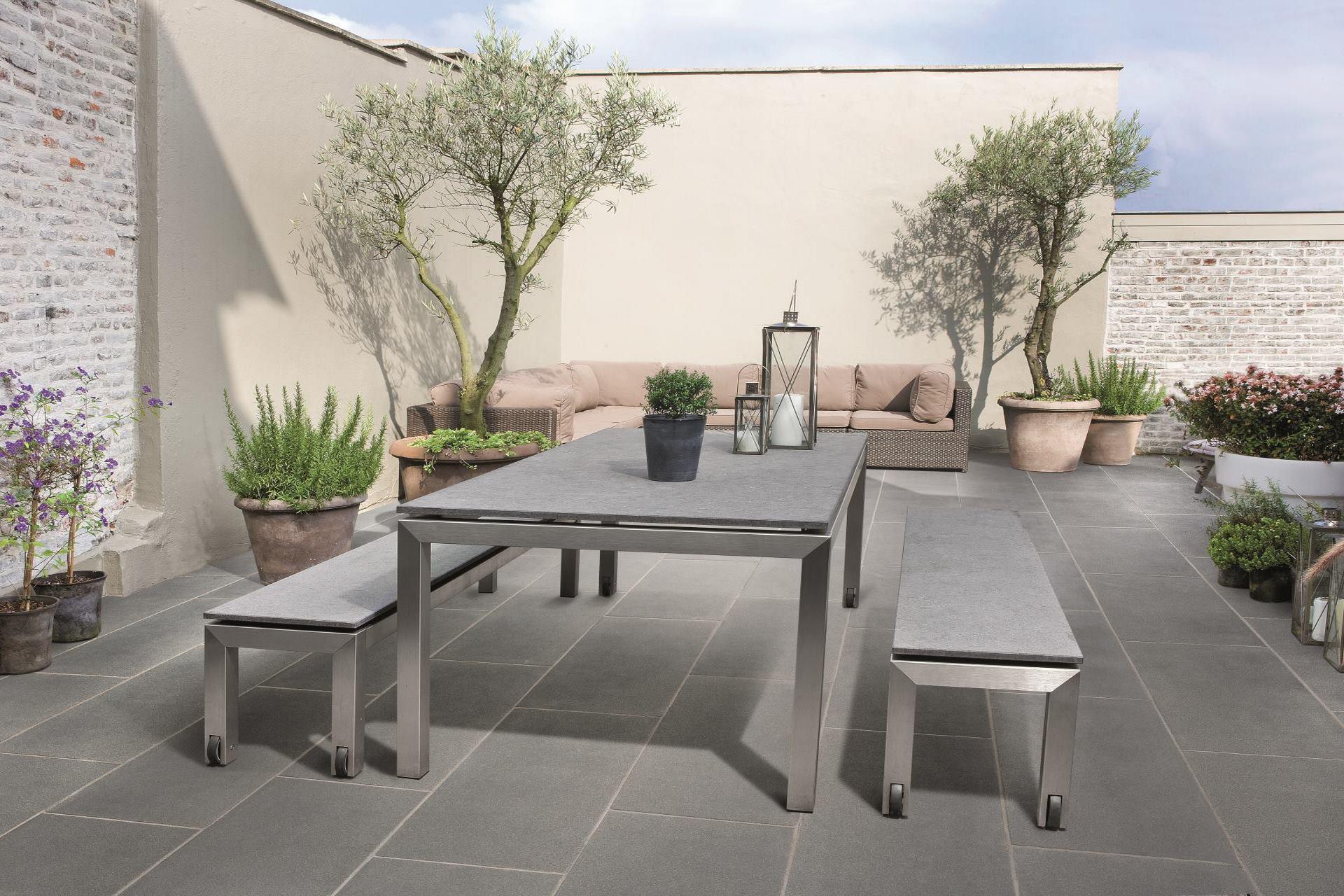 Betontegel of tuintegel voor het terras?