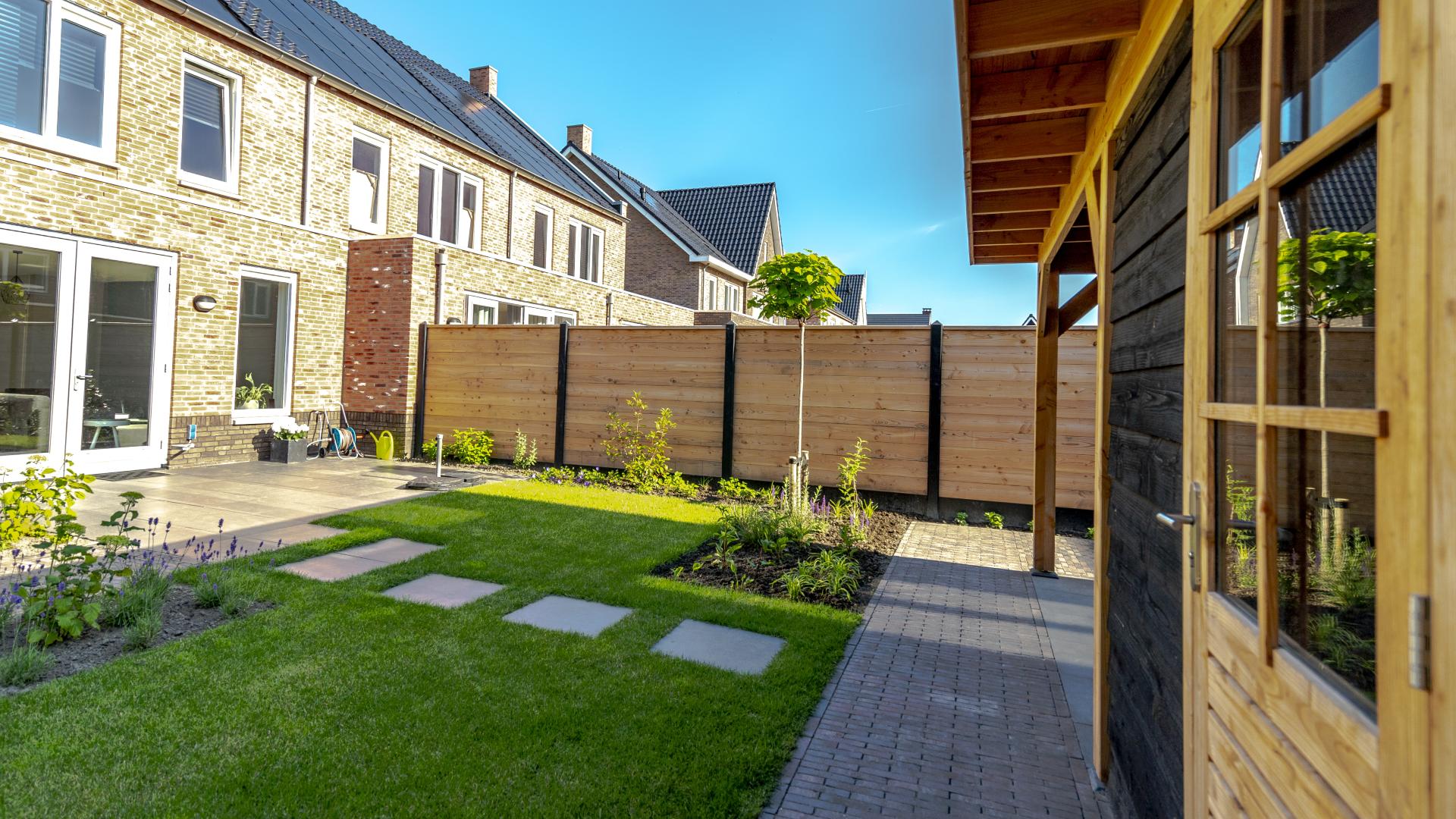 Spaansen Tuinklaar - Project Eland F Veenendaal - Verhuizen zonder tuinstress