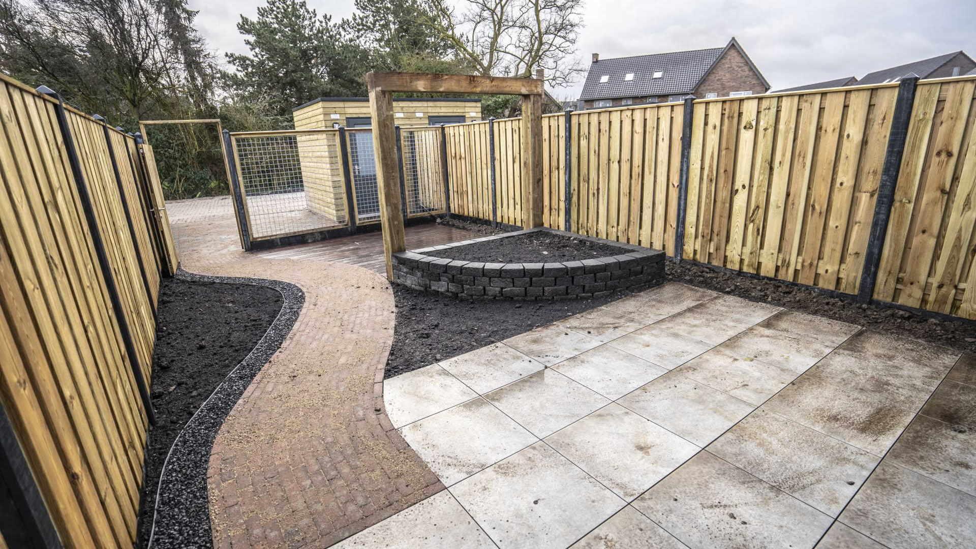 Spaansen realiseert in Nijmegen-Noord, 92 tuinen volgens het 'Tuinklaar concept' bij het project 'De Stadstuin'