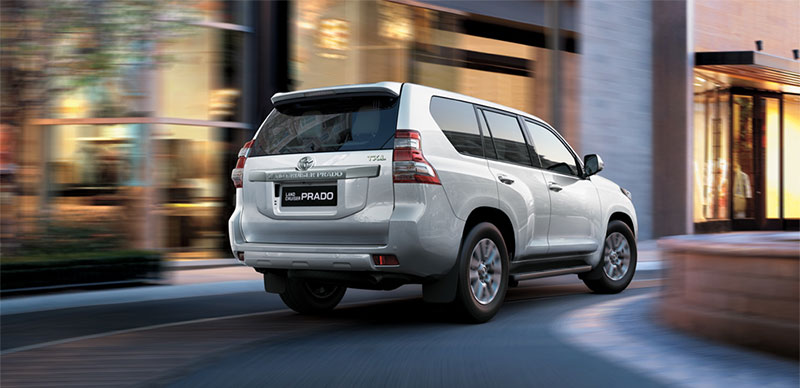 xe 7 chỗ Toyota nhập khẩu