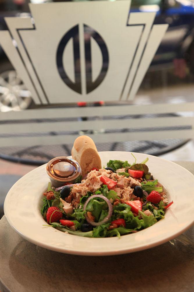 Deco Salad