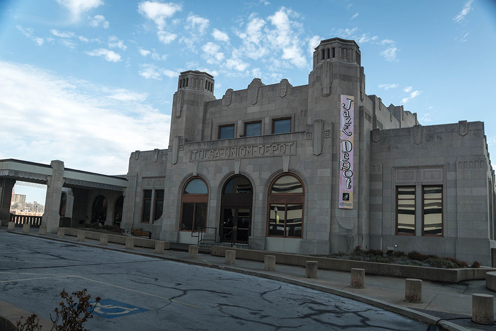 Acts that have played at the Jazz Hall of Fame have ranged from nationally known groups such as the Count Basie Orchestra and Doc Severinsen to local and regional musical acts such as Annie Ellicott and others.