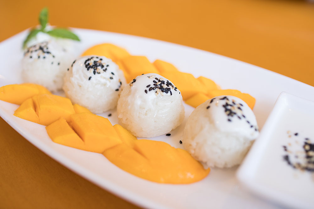 Sweet Rice with Mango (Photo: Valerie Grant)