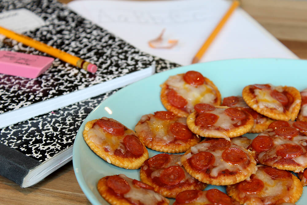 PIzza Crackers (Photo: Chelsi Fisher)