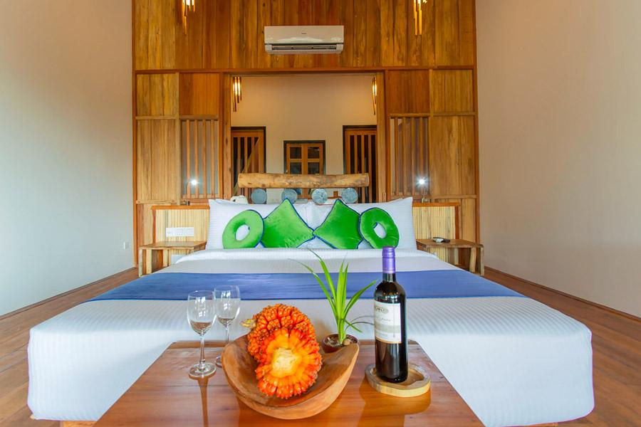 Aaveee Resort Maldive Beach Villas Goathi