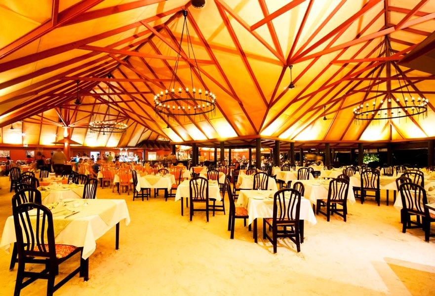 Adaaran Select Hudhuran Fushi resort maldive ristorante