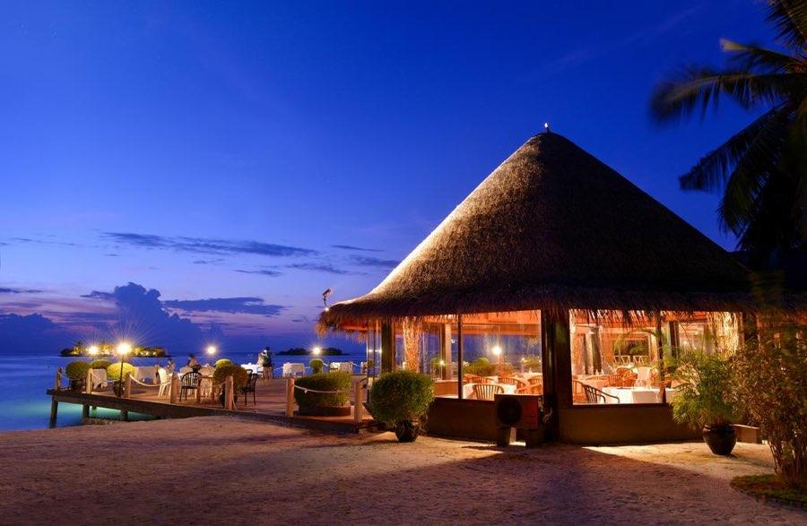 Adaaran Select Hudhuran Fushi resort maldive ristorante a la carte