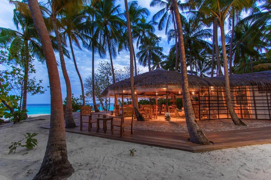 Aaveee Resort Maldive Ristorante Varabadhi