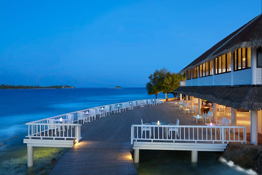 Cinnamon Dhonveli resort Maldive ristorante cocktail bar Raalhu Bar