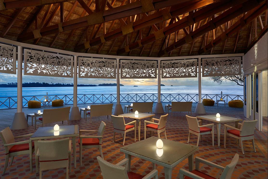 Cinnamon Dhonveli resort Maldive ristorante cocktail bar Raivilaa Sunset Terrace Bar