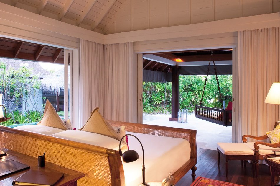 Anantara Naladhu resort Maldive beach house with pool