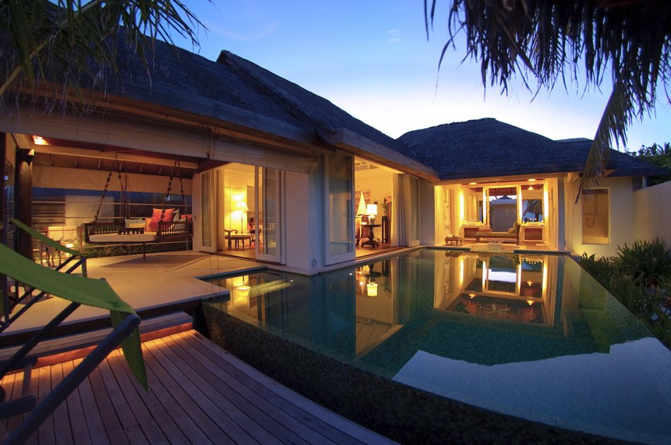Anantara Naladhu resort Maldive ocean house with pool