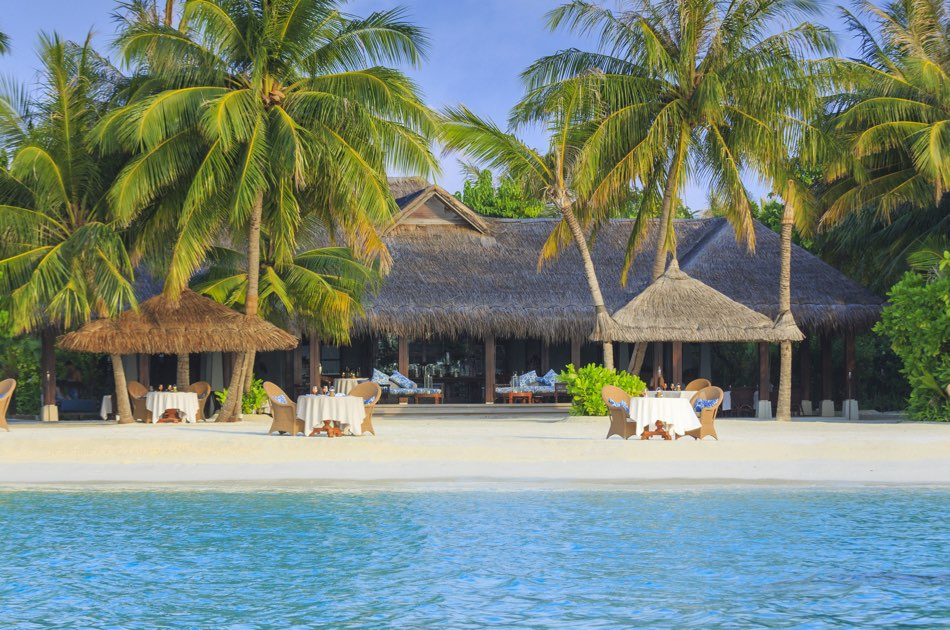 Anantara Naladhu resort Maldive ristorante The Living Room cucina internazionale e fusion