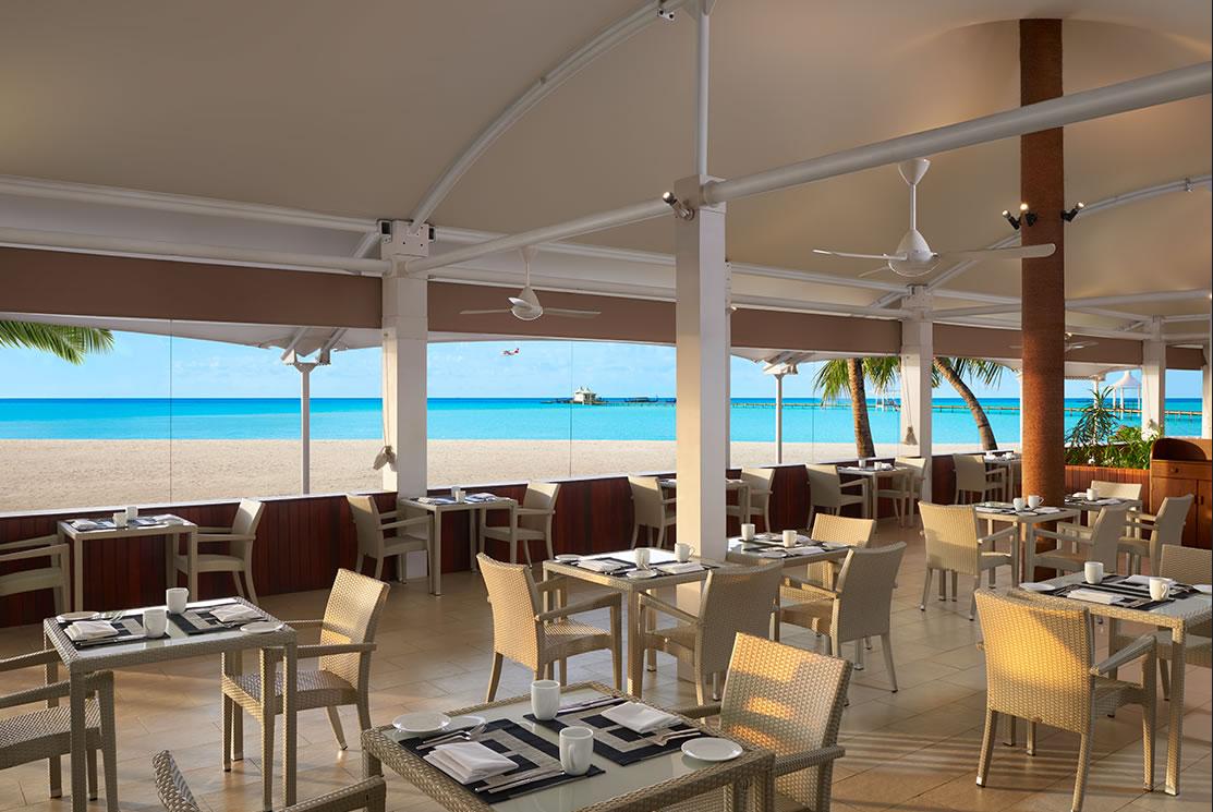Cinnamon Hakuraa Huraa resort Maldive ristorante Malaafaiy