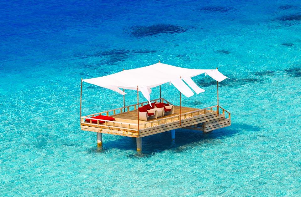 Baros resort Maldive deck dining experience