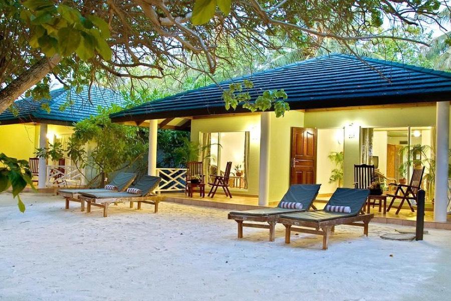 Resort Maldive Sun Island Resort superior beach bungalow