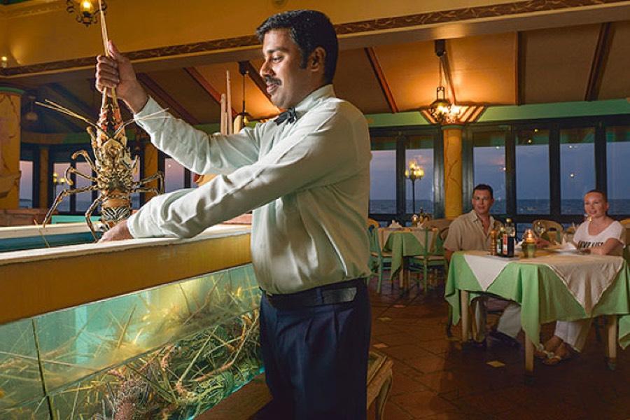 Resort Maldive Sun Island Resort ristorante al pontile