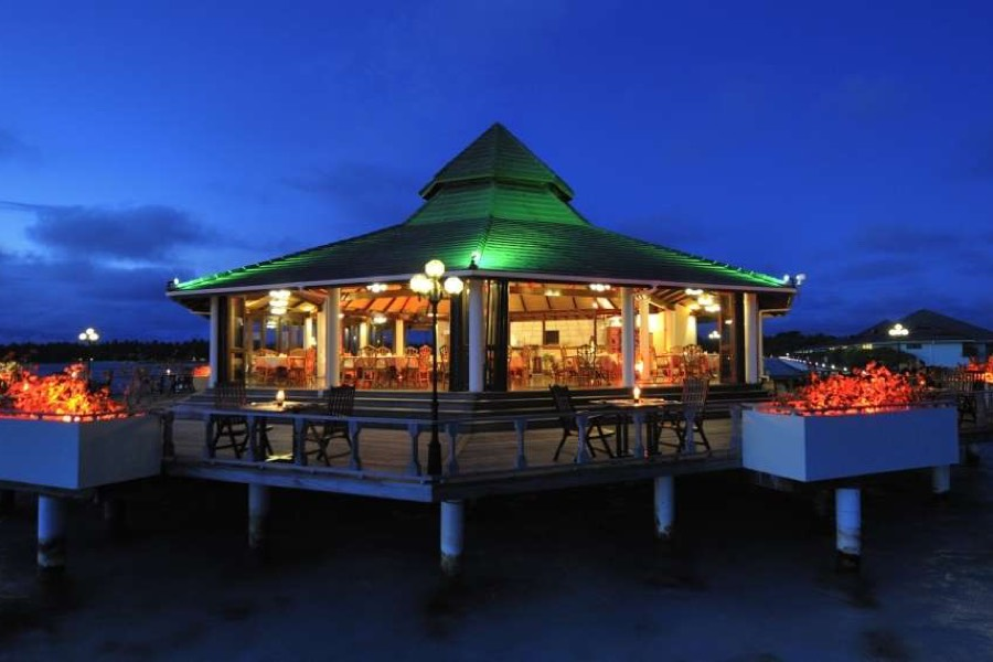 Resort Maldive Sun Island Resort ristorante Southern Star