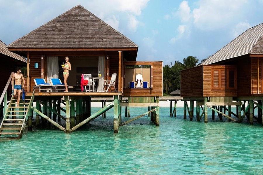 Resort Maldive Veligandu Island Resort & Spa jacuzzi water villa