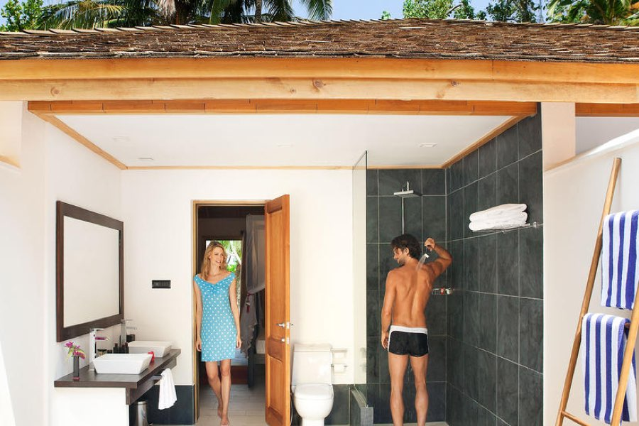 Resort Maldive Vilamendhoo Island Resort & Spa jacuzzi beach villa